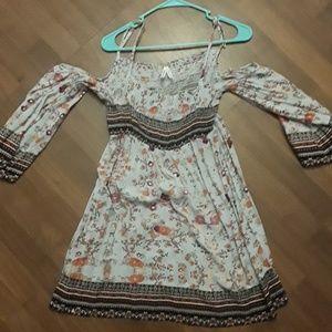 Off shoulder long sleeve short dress paisley